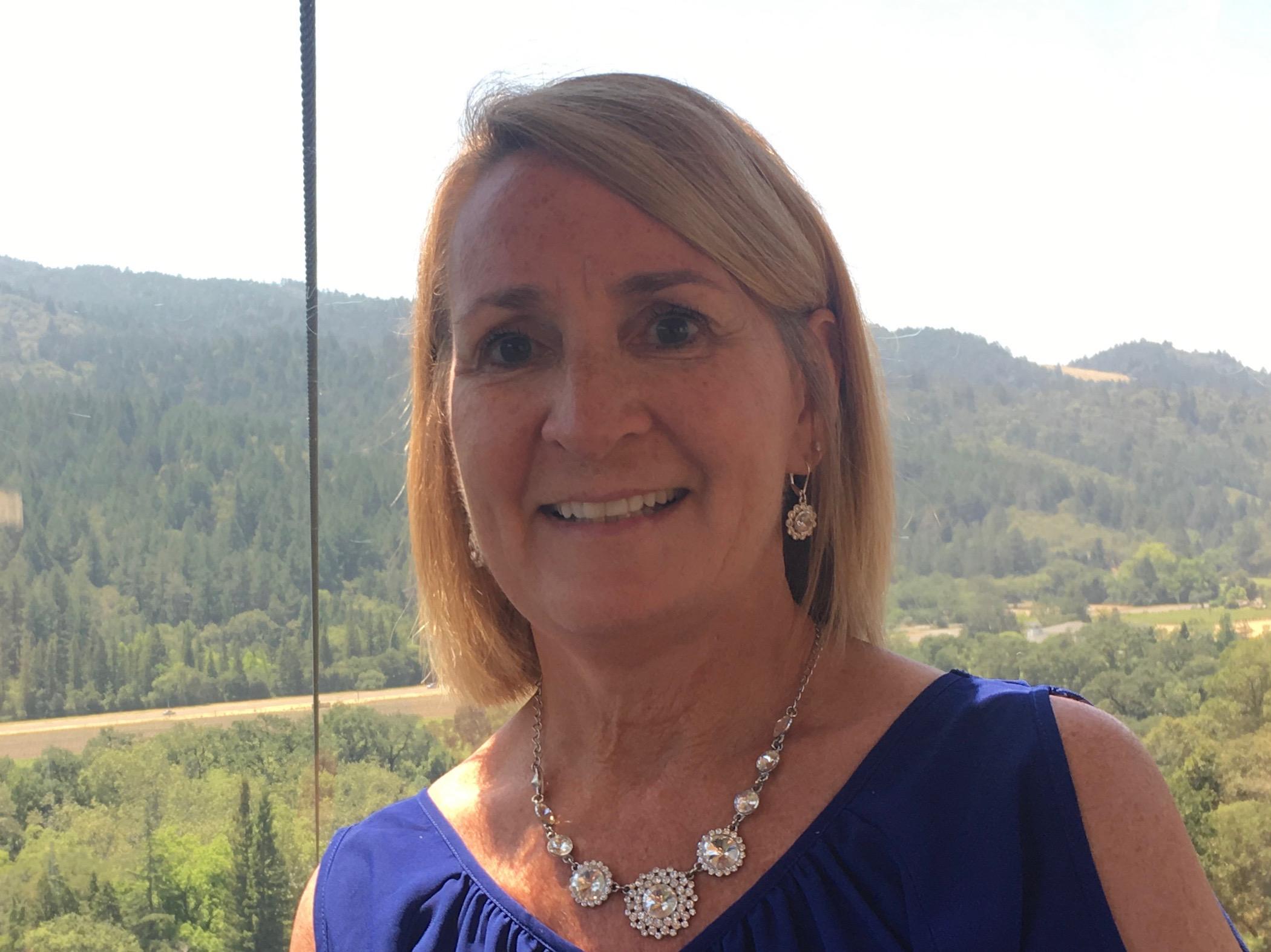 Cindy Grapperhaus Headshot